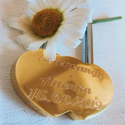 ⠀ ⠀ ⠀ ⠀ ⠀ ⠀ ⠀ ⠀ Всем ✌🏻😎 ⠀ ⠀⠀ 💭 Лето - самое прекрасное время для торжества 👰🏻🤵🏻, согласны?💍 ⠀ ⠀⠀ 💭 Если Вы планируете свадьбу - мы поможем сделать этот день ещё прекраснее, благодаря такой важной детали как замОк 🔒 ⠀ ⠀⠀ 💭🔒Мы нанесём алмазную 💎гравировку без чернения на лицевую и обратную поверхность ⠀ ⠀⠀ 💭🔒ЗамОк без ключа, закрывается один раз ⠀ ⠀⠀ 💭🔒Удобная длинная ручка позволит крепить замОк на толстую опору ⠀ ⠀⠀ 💸🔒стоимость данного замкА - 9️⃣9️⃣0️⃣ ₽ 💸 ⠀ ⠀⠀ 🤳🏻 Для заказа пиши в Директ или переходи на наш сайт 🌐 в шапке профиля в раздел: 'категории' 👉🏻 'создай сам' 👉🏻 ' свадебные замки' ⠀ ⠀⠀ P.S там ещё куча разных замкОв😏 #свадьба#свадьба2019 #счастье #любовь #семья #друзья #загс #всемлюбви